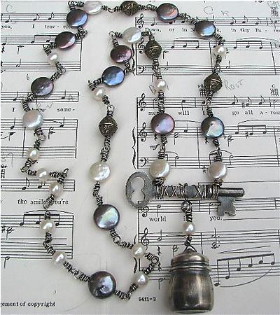 Salt shaker necklace IMG_2042